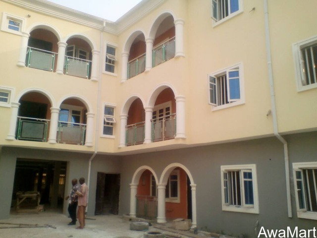 SELLING OR LEASING - Clean 10 numbers of 3 Bedroom Flat at Omole Phase 2 (Call - 08033424453) - 1