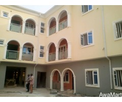 SELLING OR LEASING - Clean 10 numbers of 3 Bedroom Flat at Omole Phase 2 (Call - 08033424453) - Image 1