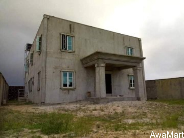 3 Bedroom Duplex with a 2 Bedroom Flat attached on a full plot of Land For Sale at Lakowe - 4