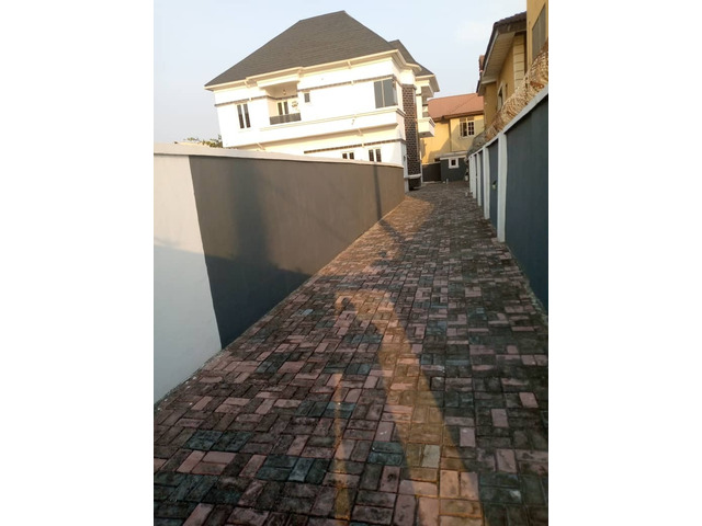 FOR SALE - Luxurious 5 Bedrooms Duplex +BQ Located at Thomas Estate, Ajah  - 4