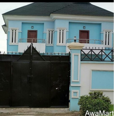 SELLING AT DISTRESSED PRICE: An Executive Modern 5 Bedroom Duplex - 1