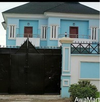 SELLING AT DISTRESSED PRICE: An Executive Modern 5 Bedroom Duplex - Image 3