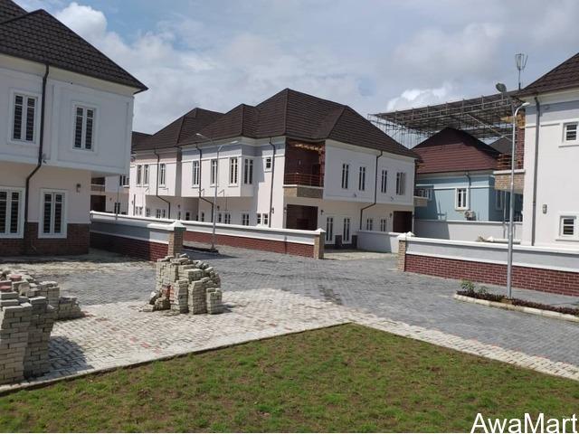 SELLING NOW: 4 Bedroom Semi Detached Terraces with BQ @ Lekki - 1