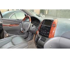 2007 Toyota Sienna  - Image 3