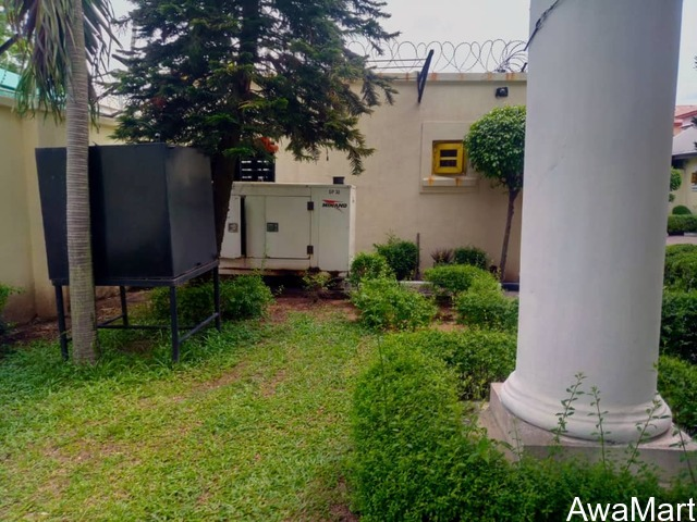 5 Bedroom Fully Detached Duplex with Two Rooms Bq For Lease in Lekki phase 1 - 4